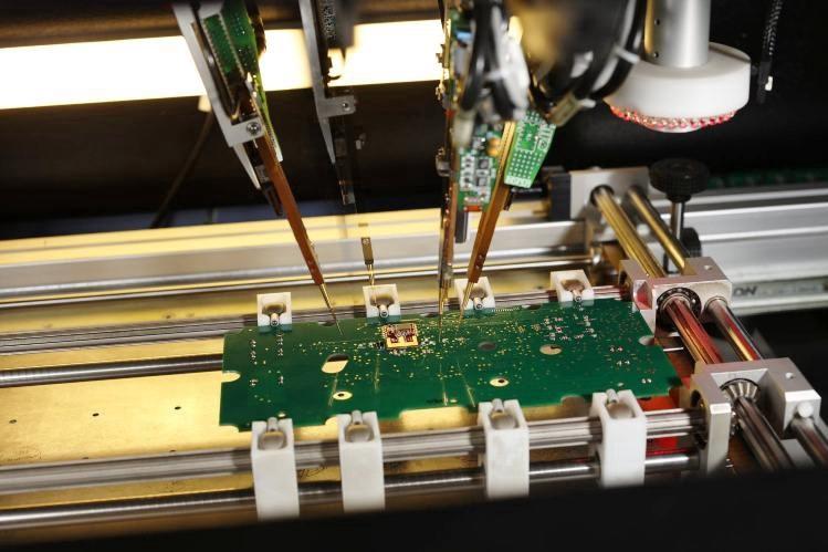 تست الکتریکال برد مدار چاپی جهت تشخیص اشتباهات